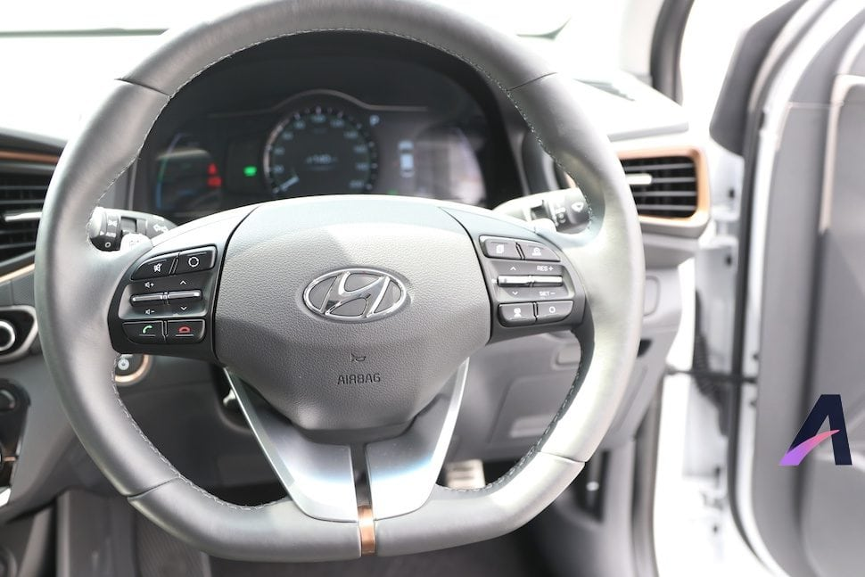Review Hyundai IONIQ